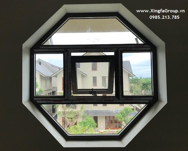 Mẫu cửa sổ mở hất sử dụng thanh nhôm Xingfa hệ 55 dày 1.4mm